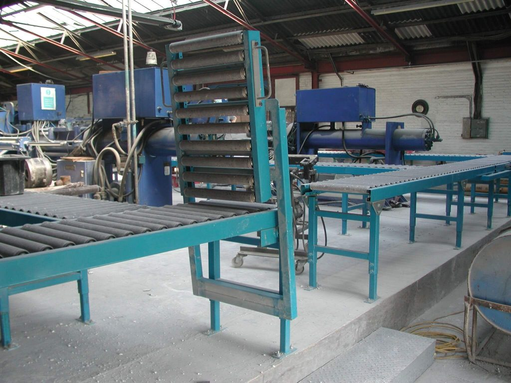 Powered Roller P 52 - L A C  Conveyors & Automation