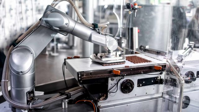 Robotic Applications in the Food Industry