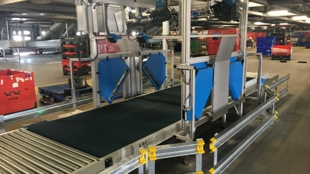 Roller and belt conveyor